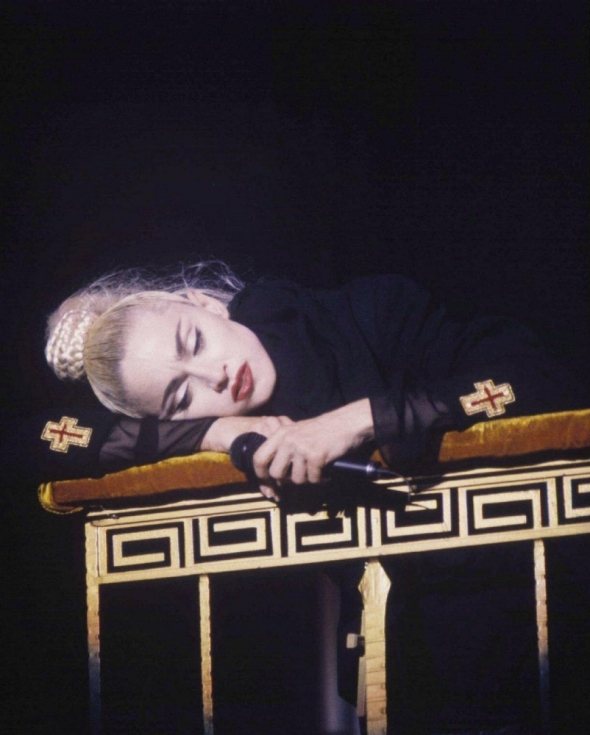 madonna like a prayer blond ambition