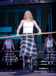 madonna into tnto the groove re invention tour