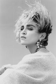 1983-steven_meisel-01-1180-645-jpg