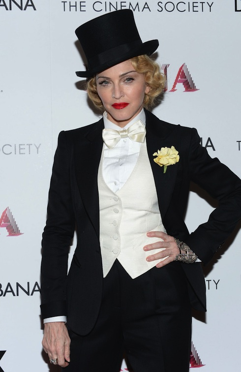 13-06-19-madonna-mdna-tour-new-york-premiere-0001-s