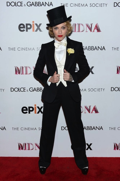 13-06-19-madonna-mdna-tour-new-york-premiere-0002-s
