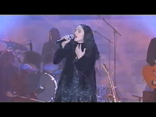 Madonna   The Power Of Good Bye   TF1 1998.wmv18