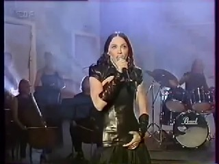Madonna   The Power Of Goodbye Live + Interview Wetten Das Show 1998 HD.wmv28