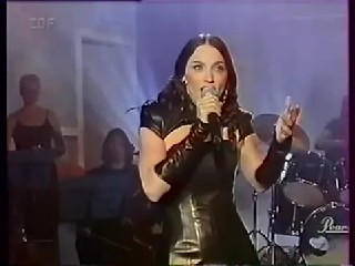 Madonna   The Power Of Goodbye Live + Interview Wetten Das Show 1998 HD.wmv29