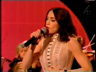 Madonna The Power Of Goodbye Sen Kväll Med Luuk Tv Show.wmv6