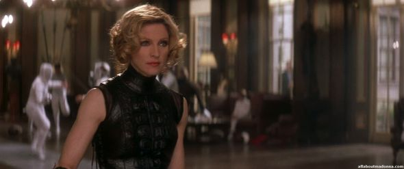 madonna-die-another-day-movie-cap-0006