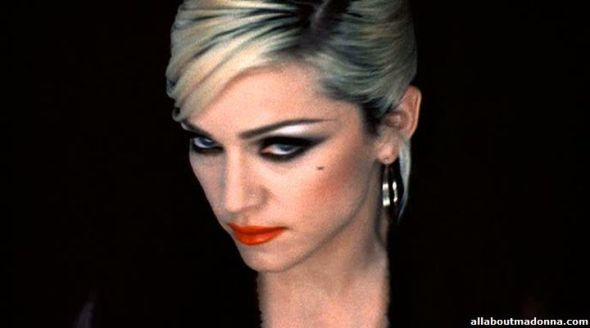 madonna-girl-6-movie-cap-0042