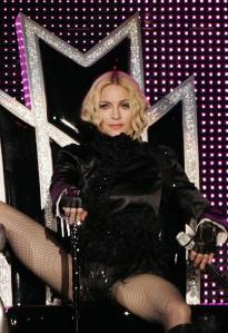 madonna sticky & sweet tour 2008 candy shop