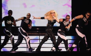 madonna sticky & sweet tour 2008 give it 2 me