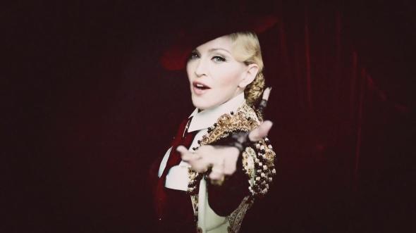 madonna-living-for-love-rebel-heart-video